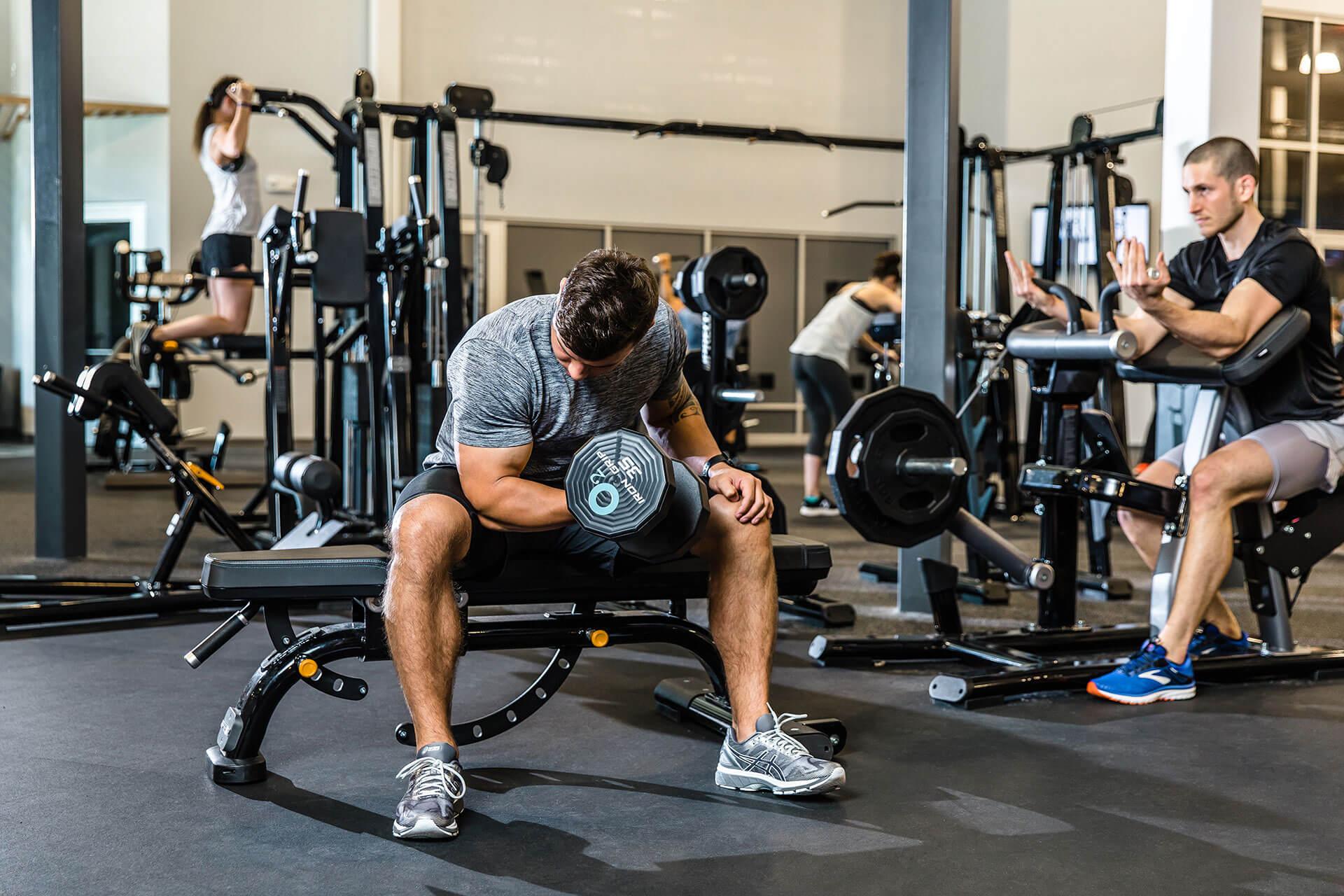 تکرارهای منفی در تمرینات بدنسازی